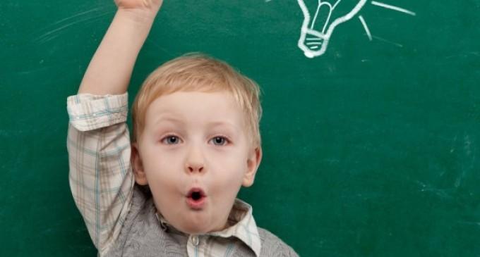 70% юных петербуржцев уже зачислены в школы