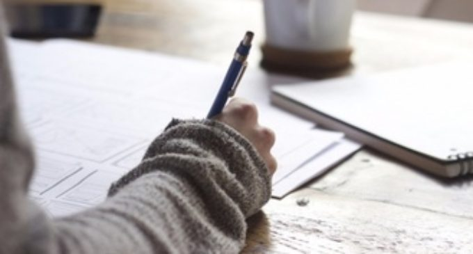 Школьники разучились писать от руки