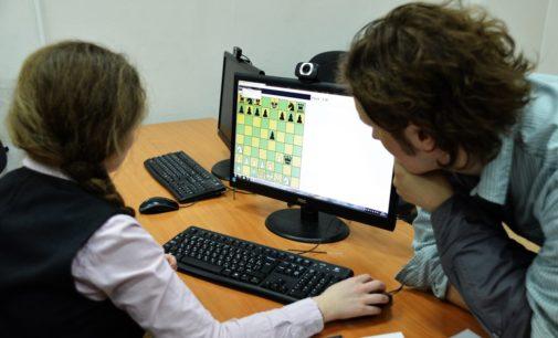 Школьники впервые поставили шах и мат суперкомпьютеру