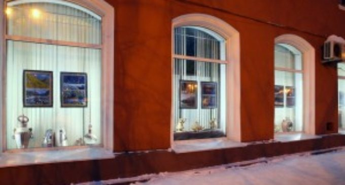 Музейные окна стали выставочной площадкой для работ кузбасских студентов, выпускников и преподавателей