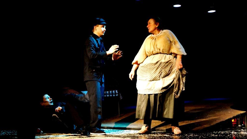 Выборгский театр-первый текст-фото в конце