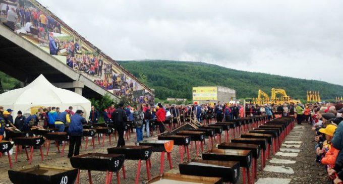 В Магадане прошел Золотой фестиваль с чемпионатом по промывке золота
