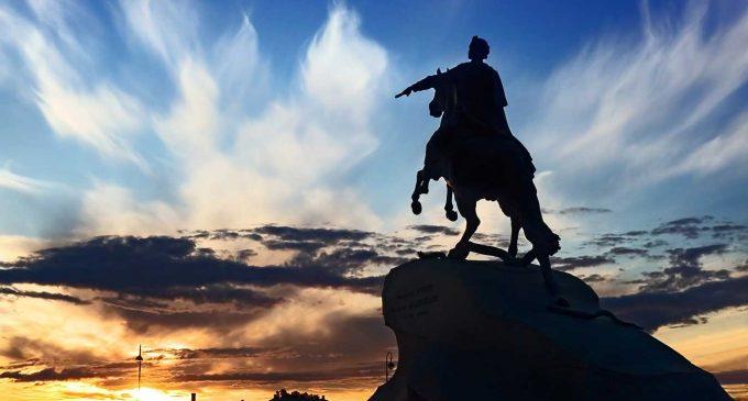 Перед запланированной реставрацией Медного всадника Президентская библиотека рассказывает об истории строительства памятника…