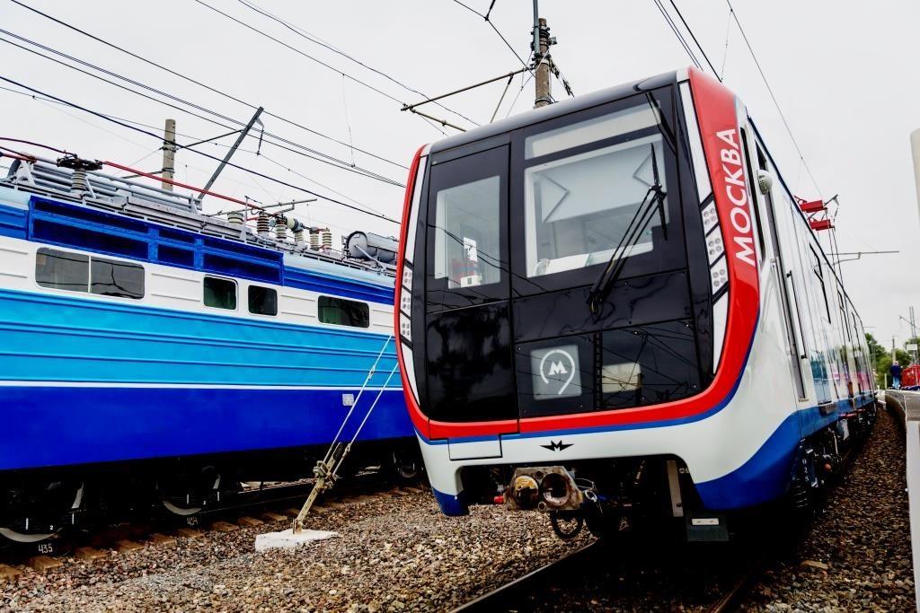 МОСКВА-новый поезд метро-4