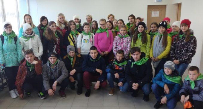 Школьники из отдалённых сёл Камчатки отправились в путешествие по усадьбам русских писателей и поэтов