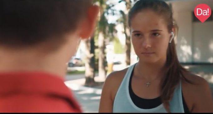 Известные спортсмены показали добрые поступки в социальной рекламе