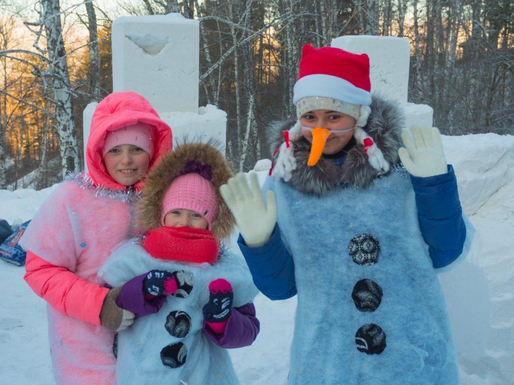 Роев ручей-парад снеговиков-1