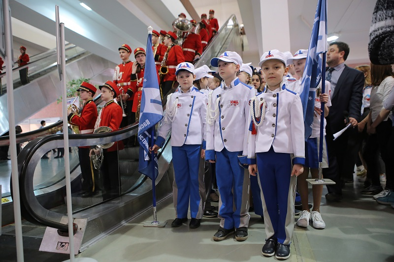 Школьники объединились в команды