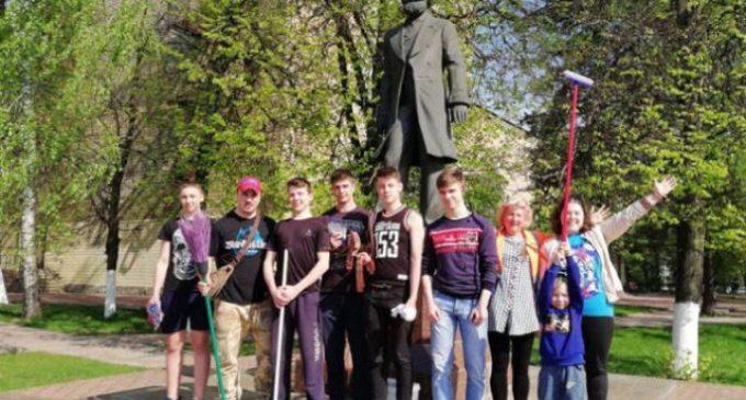 Раменская молодежь помогает поддерживать чистоту в городе