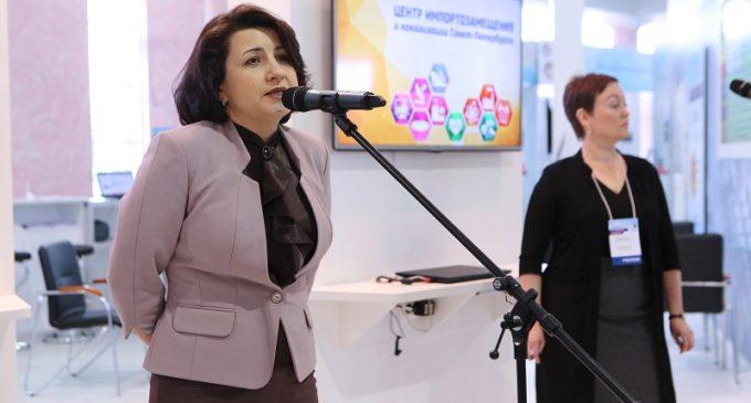Регионы привезли в Санкт-Петербург деликатесы и витамины