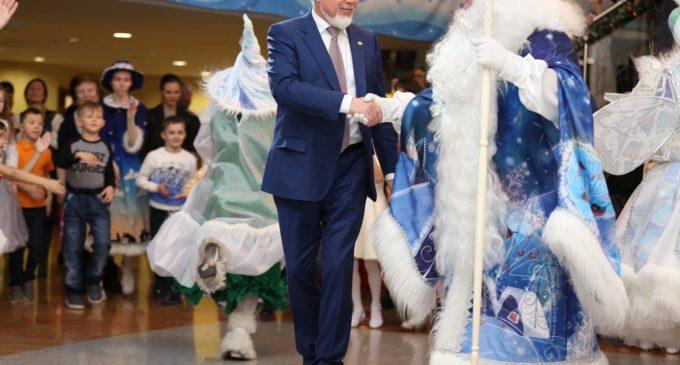 Дед Мороз, глава города и 300 счастливых сургутян!