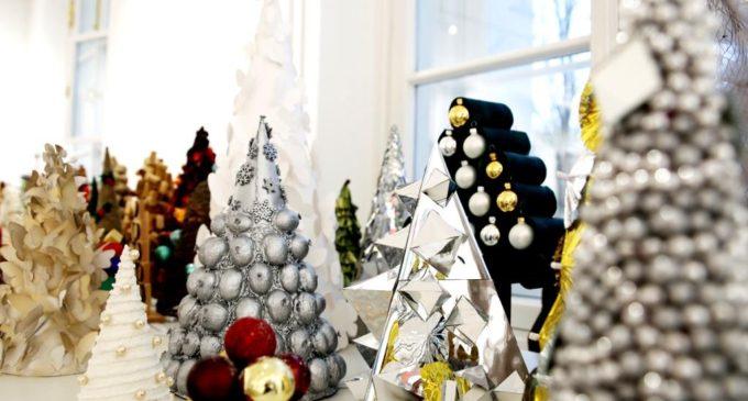 В Санкт-Петербургском университете открылась Рождественская выставка