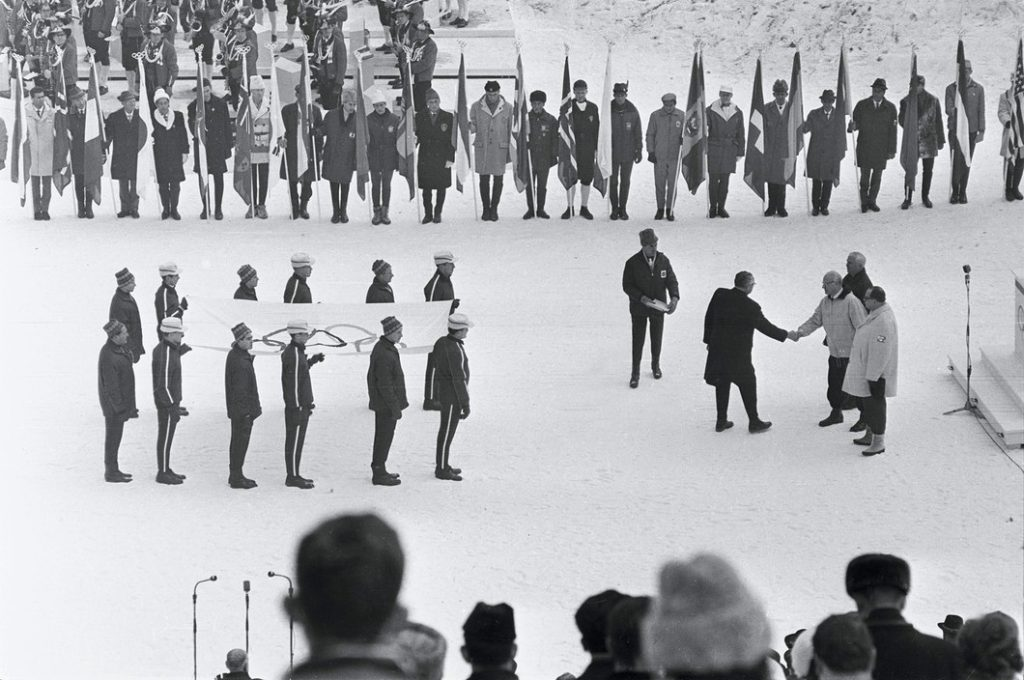 1960-02-18-squaw-valley-1960-opening-inside-01
