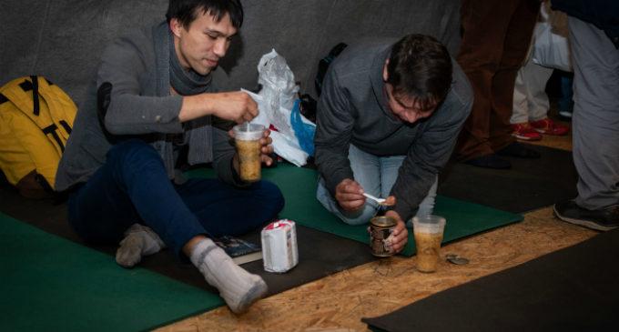 Сегодня Ночлежка закрыла последний Пункт обогрева для бездомных людей