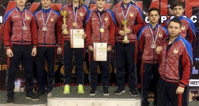 Армейцы завоевали семь наград на чемпионате и Первенстве России по кикбоксингу