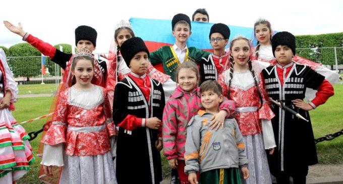 26 мая состоялось общегородское праздничное мероприятие – Санкт-Петербургский Бал национальностей…