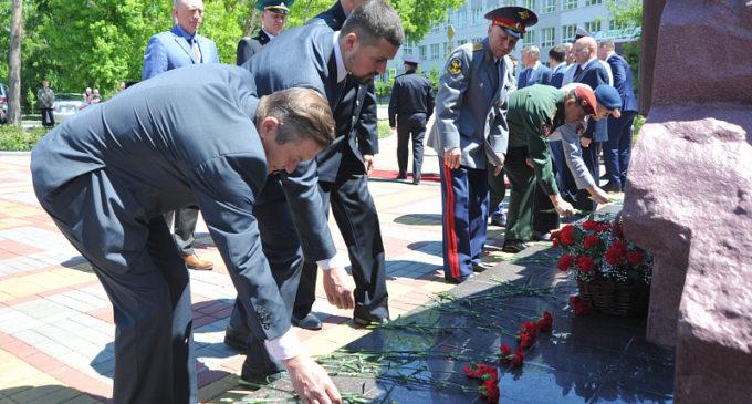 Сквер «300 лет российской полиции» открылся в Хабаровске…