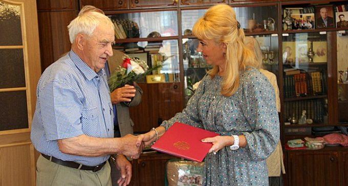 Сыктывкарец Эдуард Иванович Матюшин получил поздравления от имени Президента России