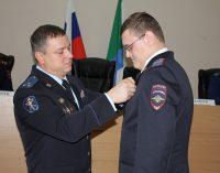 Сотрудник Хабаровской полиции награжден медалью МВД России за доблесть в службе