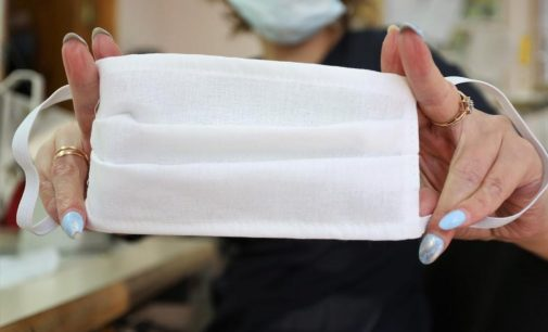 В Сургуте решают проблему нехватки медицинских масок