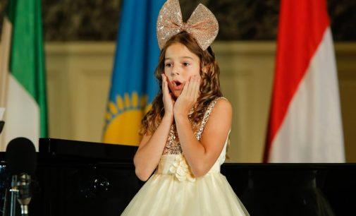 Конкурс юных вокалистов Елены Образцовой стартовал!