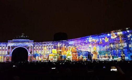 В Санкт-Петербурге в шестой раз пройдет масштабное городское световое шоу «Чудо света»