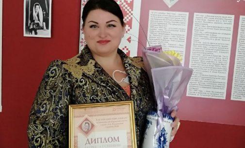 Ленинградская исполнительница сразила жюри вологодскими припевками