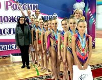 Калининградская сборная выиграла первенство округа по художественной гимнастике