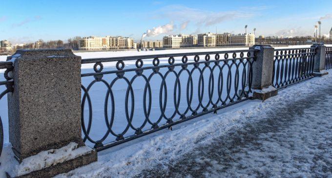 «Мостотрест» Петербурга возвращает перилам былой лоск