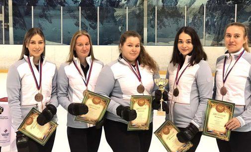 Сборная Калининградской области по кёрлингу завоевала бронзу всероссийских соревнований