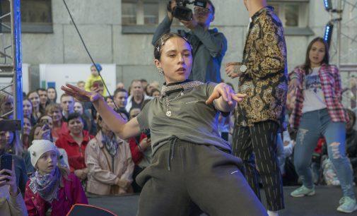 Кастинг на новый танцевальный проект ТНТ пройдет уже в мае