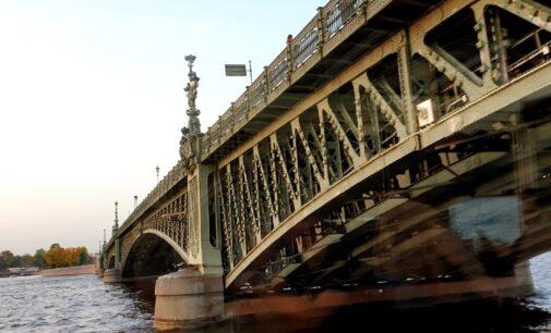В Санкт‑Петербурге запускают регулярный кольцевой маршрут водного общественного транспорта «Невский маршрут»