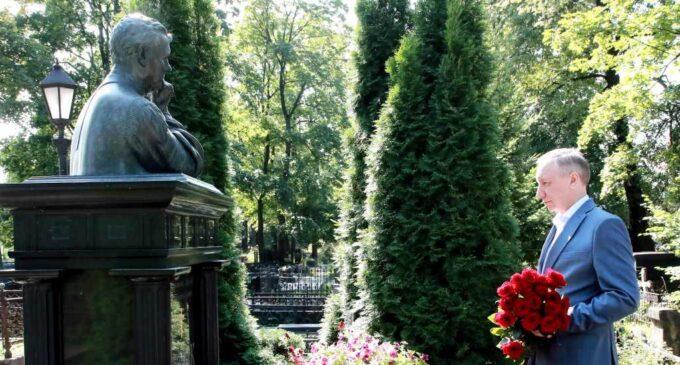 Александр Беглов почтил память Анатолия Собчака